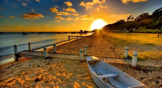 beach-boat-high-res-neg
